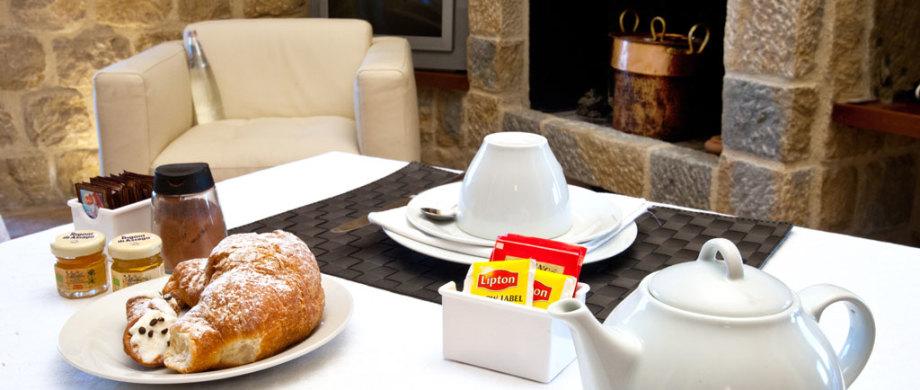 Breakfast-Villa-Viola